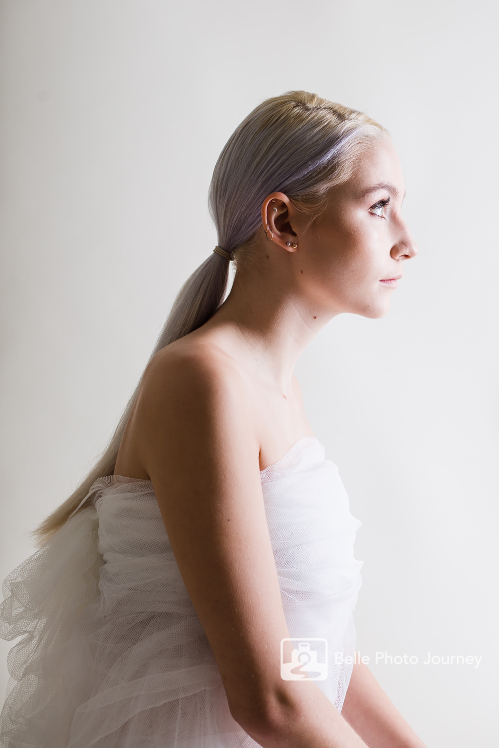 girl side profile white diy lace tube top crouch end
